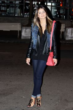 Glam Rock! Thassia Naves