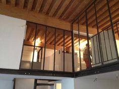 verri re garde corps de 6 panneaux pour une mezzanine deco mezzanine pinterest mezzanine. Black Bedroom Furniture Sets. Home Design Ideas