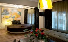 Hotel in Thessaloniki for great moments of pleasure and luxury!
