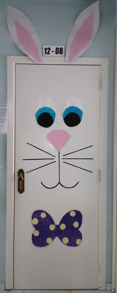 Decoração de porta Páscoa Kindergarten Classroom Decor, Classroom Door, Class Decoration, School Decorations, Easter Art, Easter Crafts, Easter Birthday Party, Diy And Crafts, Crafts For Kids