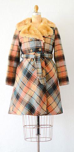 vintage 1970s coat   plaid 70s wool coat #vintage #1970s #plaid