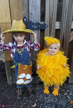 Britton (2) is a chicken farmer and his baby sister, Bristol (1) is his little chick! Both costumes were homemade. The chicken is made of a onesie with pillow stuffing and glued on loose feathers!. Farmer Halloween Costume, Halloween Costumes For Sisters, Halloween Costume Contest, Halloween Kids, Farmer Costume, Costume Ideas, Funny Toddler Halloween Costumes, Chicken Costumes, Toddler Chicken Costume
