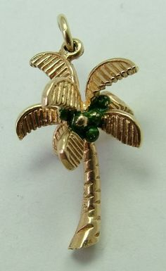 Sandys Vintage Charms..1960s 9ct Gold Palm Tree Charm with Coconuts..