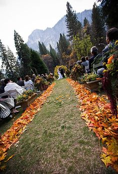 Fall Wedding Aisle Idea, Absolutely cute,