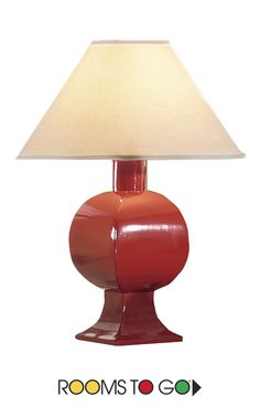 With its spicy red color and contemporary shape, the Cayenne lamp will make a delightful addition to your room.