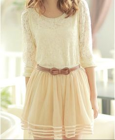 I <3 LOVE <3 every last delicate detail of this outfit...