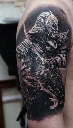 A rich and meaningful gallery of Samurai tattoo designs and ideas that will most definitely entice your curiosity.We will also discuss a brief background on the Samurai and the preferences of both men and women for this kind of tattoo design. Japanese Tattoo Samurai, Samurai Tattoo Sleeve, Samurai Warrior Tattoo, Tattoo Japanese Style, Black Sleeve Tattoo, Japanese Tattoos For Men, Full Sleeve Tattoo Design, Warrior Tattoos, Japanese Tattoo Designs