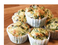 Super quick and versatile savoury muffins. Great for Baby Led weaning, baby & toddler lunch boxes. Can also be served as a main meal with some potatoes and fresh veg. We love these because you can make a batch of 12 & freeze them. Savory Muffins, Cheese Muffins, Savory Snacks, Healthy Snacks, Breakfast Muffins, Savory Cakes, Spinach Muffins, Healthy Baking, Baby Led Weaning Breakfast