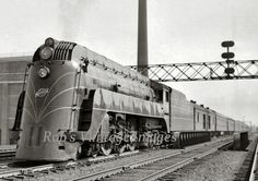 Chicago Northwestern 400  Art Deco Railroad Train photo CNW Streamlined Steam Poster 1938 old photo  8 x 11.5""