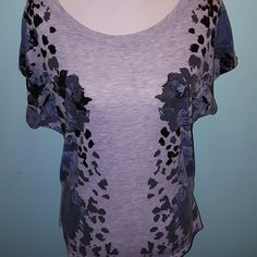 Express short sleeve top Greg, sparkly black blue flower leopard detail Express Tops Tees - Short Sleeve