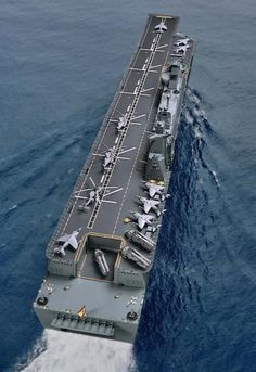 LHD Juan Carlos of the largest fleet of warships in the world. Juan Carlos I is a multi-purpose warship LHD in the Spanish Navy (Armada Español. Military Weapons, Military Aircraft, Poder Naval, Navy Carriers, Navy Aircraft Carrier, Us Navy Ships, Navy Military, Military Equipment, Submarines