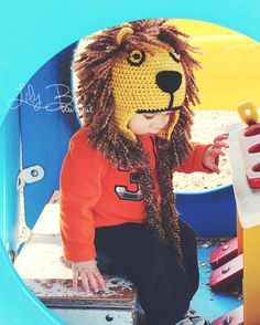 This is so cute..crochet lion hat