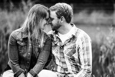 Verlobungsshooting  Ideen für Shootings mit einem Paar, Pärchen, Paarfotos & Pärchenshootings Engagement Shooting  www.dannywandeltphotographer.com