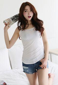 ERIS STYLE!<3  #itsmestyle #eris #kpop #lovely #pink #shopping #korean Asian Beauty, Ulzzang, Basic Tank Top, Korean, Girly, Kpop, Poses, Tank Tops, My Style