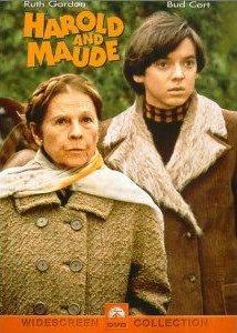 Harold and Maude: The classic cult film that features one of the screen's most unlikely pairs featuring Ruth Gordon and Bud Cort. Cat Stevens provides and uplifting score. Jean Simmons, Great Films, Good Movies, Girly Movies, Excellent Movies, Amazing Movies, Famous Movies, Harold Et Maude, Love Movie