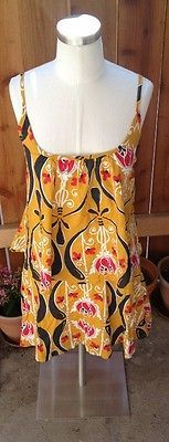 Such a great sundress by Renee C. Sz M, great transitional springtime dress!