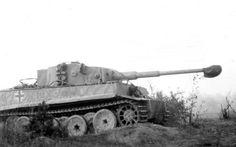 Panzerkampfwagen VI Tiger (8,8 cm L/56) Ausf. E (Sd.Kfz. 1… | Flickr