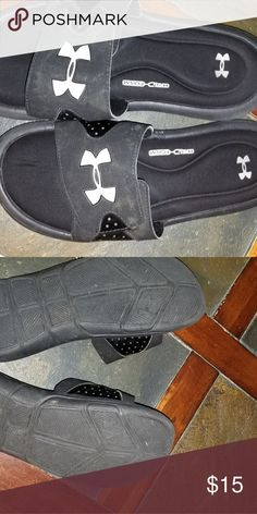 Under armour slides Boys under armour slides size 6Youth. Black, excellent shape. Worn a few times. under armour Shoes Sandals & Flip Flops