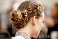 Olivia-Wilde-Oscars-2016-Red-Carpet-Fashion-Valentino-Couture-Tom-Lorenzo-Site (8)