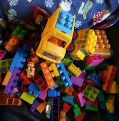 mega bloks 160+ piece mixed lot bus train pooh building blocks