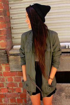 dark ombre - I seriously LOVE this hair- this might be the OFFICIAL color that I want my hair. Red and the dark brown. AND the length