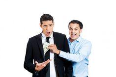 Reaparición de pirámides: Superfinanciera en estado de alerta