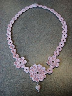 free crochet pattern, number 10 thread, flower necklace