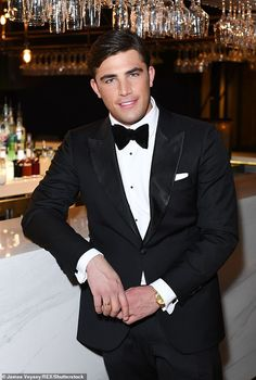 Love Islands Jack Fincham hints hes had lucky escape after ex Dani Dyer shows her true colours Fashion Suits, Mens Fashion, Love Island Winner, Men's Tuxedo Styles, Miss Perfect, Black Tie Affair, Evening Attire, Pride Parade, Tuxedo For Men