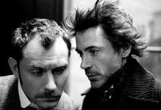 Watson (Jude Law) & Holmes (Robert Downey Jr)