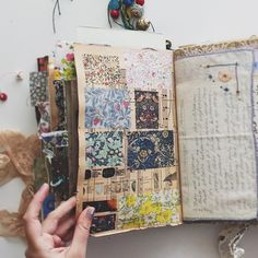 FINALLY got to film a video today! And it's a lengthy one! My finished journal flip through. it's about 40 minutes long😳😖😖 Should I split it into two parts or leave as one ridiculously long video? Junk Journal, Journal Paper, Scrapbook Journal, Art Journal Pages, Bullet Journal, Journal Cards, Music Journal, Photo Journal, Kunstjournal Inspiration