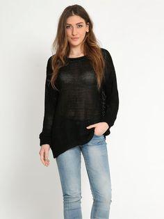 Πλεκτή τρυπητή μπλούζα - 12,99 € - http://www.ilovesales.gr/shop/plekti-trypiti-blouza-7/