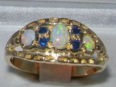 UNUSUAL 9CT YELLOW GOLD COLOURFUL OPAL & SAPPHIRE RING