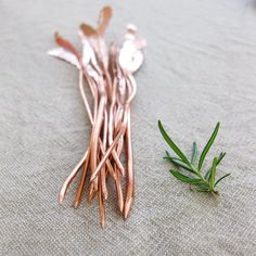 Awesomeness for the garden. Herb Markers / Hammered copper by BlisscraftandBrazen #Etsy #Eco #Sustainable