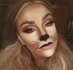 Looking for for inspiration for your Halloween make-up? Check this out for cute Halloween makeup looks. Cat Face Makeup, Black Cat Makeup, Tiger Makeup, Lion Makeup, Animal Makeup, Easy Cat Makeup, Kids Cat Makeup, Cheetah Makeup, Cat Makeup Tutorial
