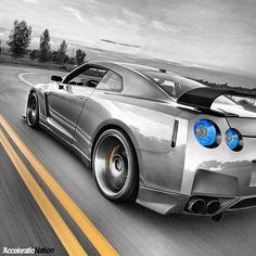 Godzilla Road Rage Nissan GTR!
