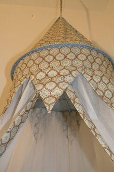 Betthimmel - Betthimmel Riley Blake Sterne blau - ein Designerstück von maralinchen-textilraum bei DaWanda