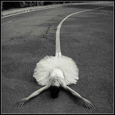 Etoile filante Ballet Shoes, Dance Shoes, Photos, Images, Sports, Photography, Dance, Fashion Styles, Ballet Flat