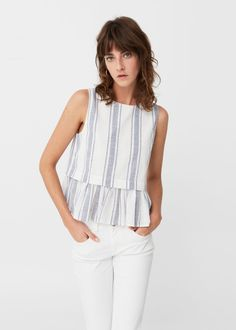 Have a look at our online catalogue and discover the latest fashion trends surfing along the jeans, T-shirts and . Mom Outfits, Chic Outfits, Fashion Outfits, Blouse Patterns, Blouse Designs, Girls Dresses Sewing, Peplum, Diy Clothes, Clothes For Women