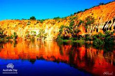 'Murray River Mirror' - By Krisoula Nikolis, SA | AUSSIEVAULT    Location: Murray River, Australia