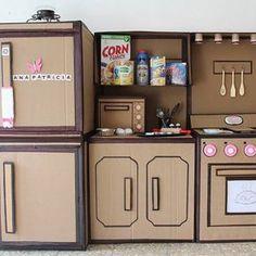 Reaproveitando papelão para as crianças brincarem sem gastar nada!#revistaartesanato #artesanato #arte #handcraft #craft #handmade #diy #passoapasso #pap #facavocemesmo #ideias #artesanatobrasil #artesanatos #feitoamao #artesa #decor #decoracao #doityourself#presente #ideia #decoracaocriativa #criatividade #papelao #cozinha #crianças #brincadeira #handmade