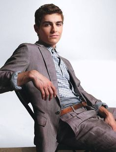 Dave Franco. I like him more than his brother:3