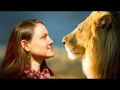 La mujer que habla con los animales   Naturnia - YouTube