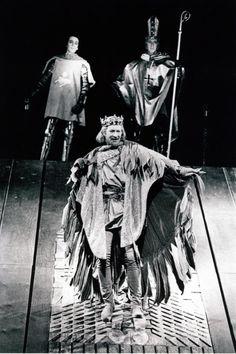 Alan Howard in Richard II