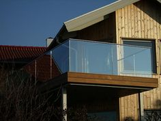 Stair Railing, Stairs, Railings, Summer House Garden, Home And Garden, Garage Doors, Architecture, Outdoor Decor, Glass