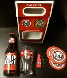 Kit de cerveja Duff (sim, a que o Homer Simpson adora!!) - ótima ideia de presente para namorado