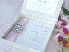 Set the tone of your wedding right from the off