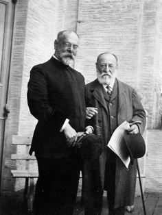 composersdoingnormalshit:  Camille Saint-Saëns kickin it with John Philip Sousa.