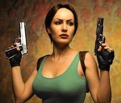 Lara Croft (Tomb Raider) Cosplay by Hannuki