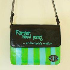 """""""Farver med pang - er den bedste medicin"""" #Upcycle-tasker #upcyclebags #atelierBAGhuset #Lotte Holm"""