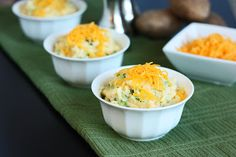 Broccoli Cheese Mashed Potatoes - I have a feeling the husband will LOVE this.... :)